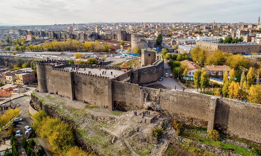 Diyarbakır Şehrinde Gezilecek Yerler