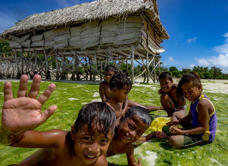 Kiribati Uçak Bileti