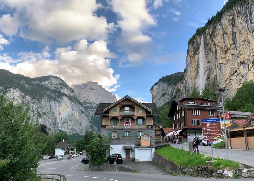 İsviçre'deki En Güzel Yürüyüş Parkurları